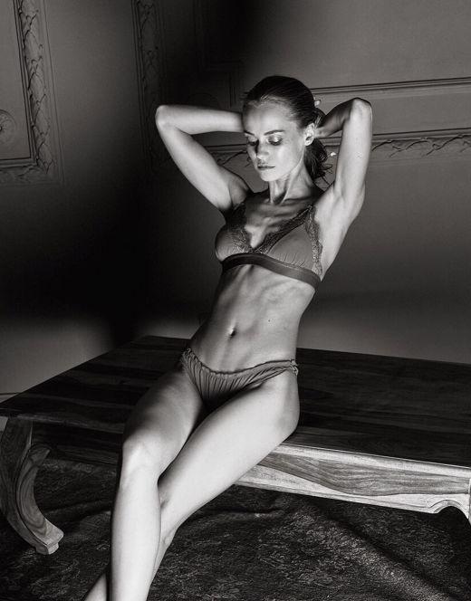 Катерина Ковальчук на фото в нижнем белье