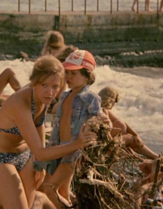 Елена Проклова в купальнике из фильма «Будьте моим мужем»