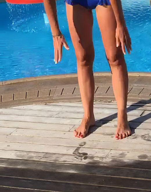 Фото Олеси Лосевой в купальнике