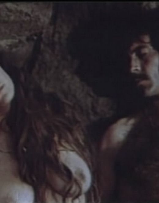 Горячие кадры Марины Могилевской из фильма «Каменная душа»
