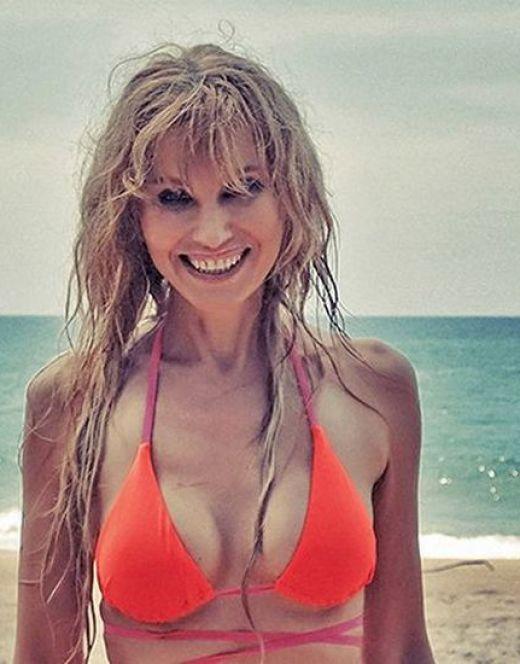 Ирина Нельсон на фото в купальнике