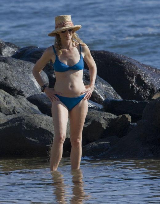 Хелен Хант на фото в купальнике (засветы)