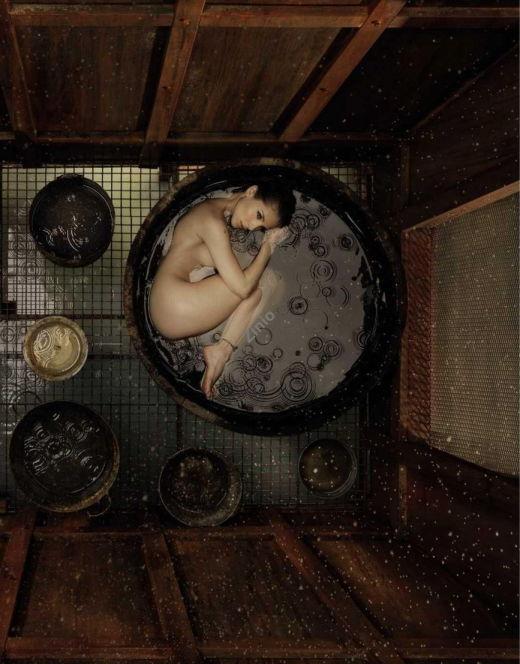 Горячие фото обнаженной Эльзы Патаки из журналов