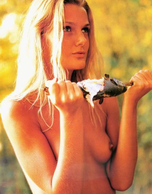 Голая Екатерина Мельник на горячих фото из «Плейбой»