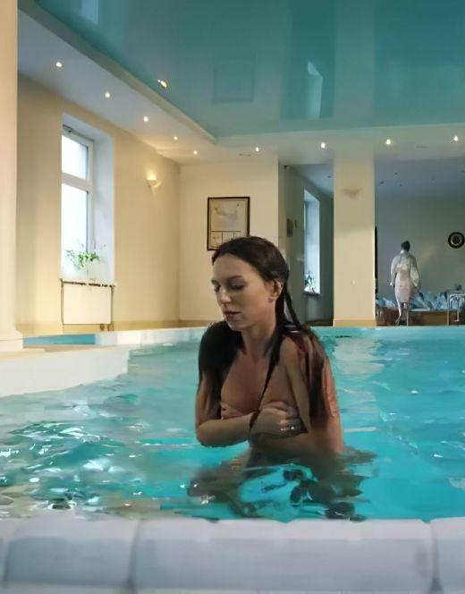 Голая Екатерина Молоховская на горячих кадрах из кино