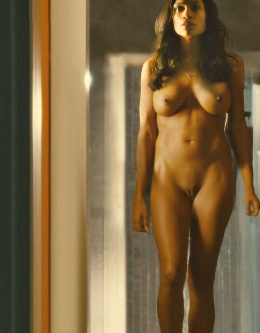 Голая Розарио Доусон на горячих кадрах из кино