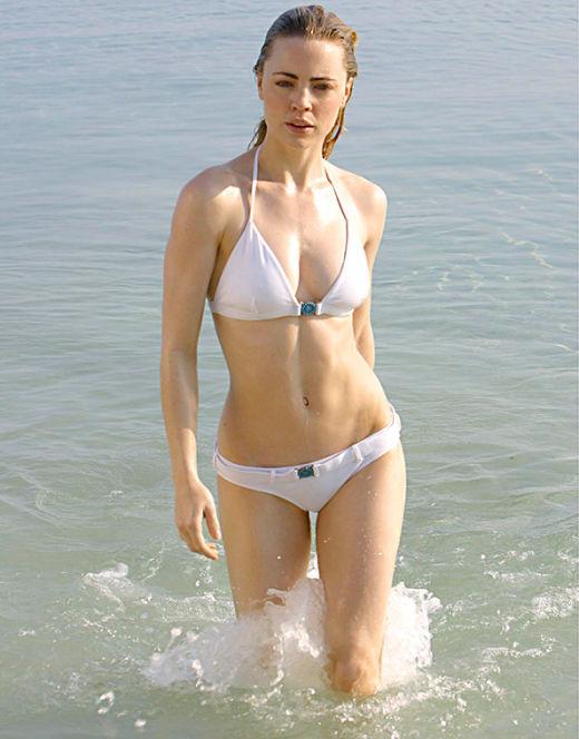 Мелисса Джордж на фото в купальнике