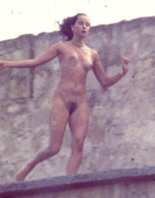 Голая Ольга Кабо на горячих кадрах из кино