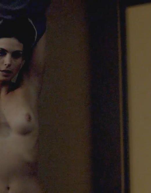 Голая Марена Баккарин на эротических кадрах из кино