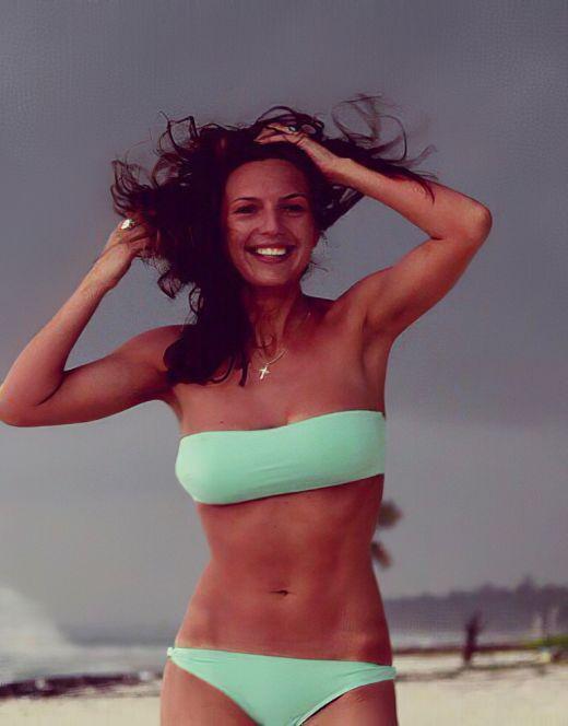 Екатерина Молоховская на фото в купальнике