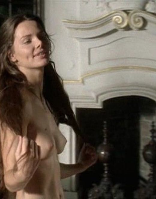 Голая Елизавета Боярская на горячих кадрах из кино