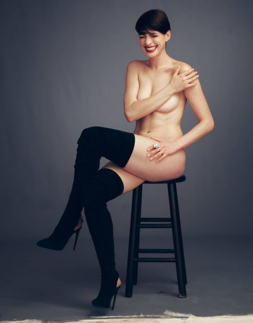 Горячие фото Энн Хэтэуэй из журнала