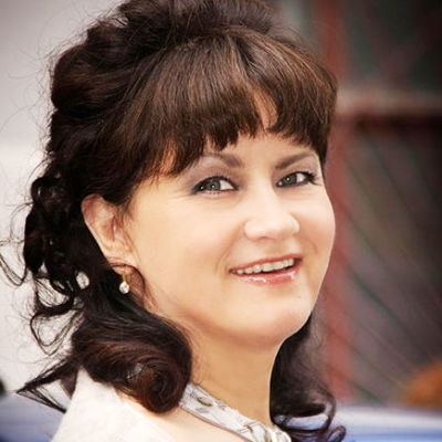 Шмелева Ирина