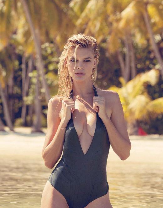 Келли Рорбах в купальнике из журнала GQ