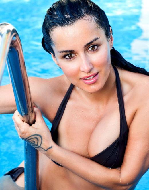 Тина Канделаки на фото в купальнике