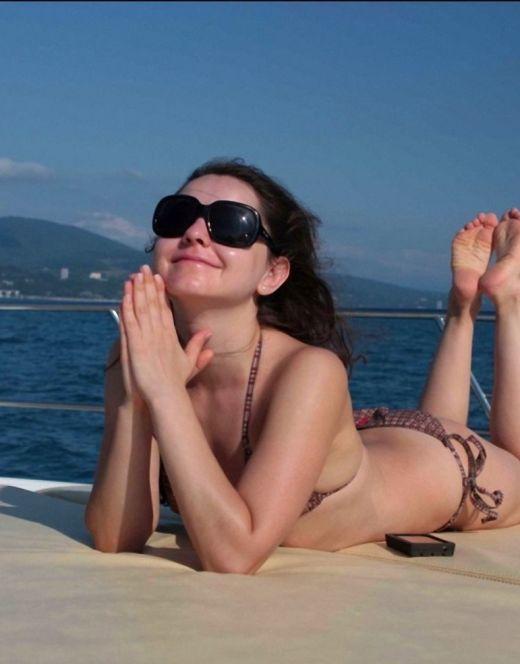 Валентина Рубцова на фото в купальнике