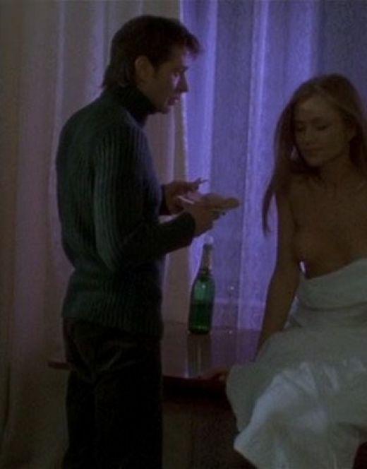 Голая Мария Миронова в эротической сцене из фильма «Олигарх»