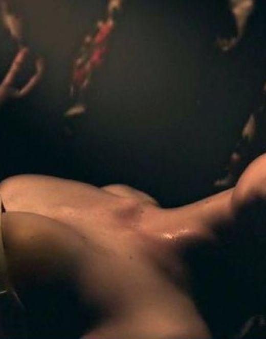 Горячие кадры Эль Фаннинг из кино