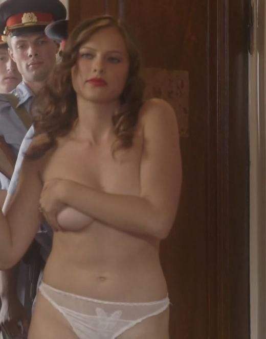 Голая Вера Шпак в эротической сцене из кино