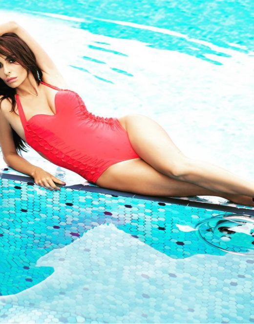 Екатерина Варнава на фото в купальнике