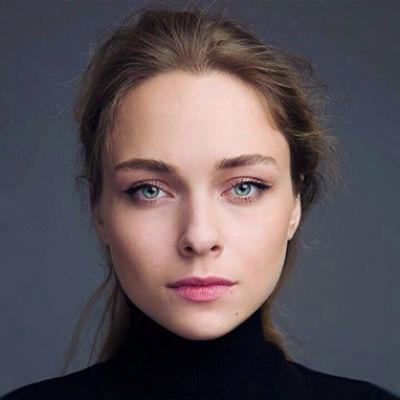 Голая Анастасия Крылова