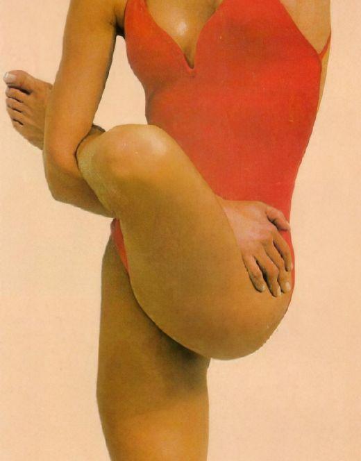 Келли Линч на фото в купальнике