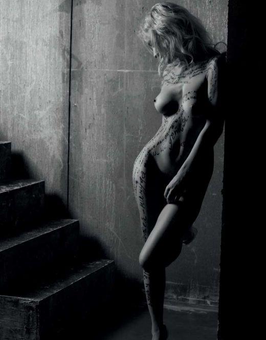Полностью голая Катя Гордон из «Плейбой» и других журналов