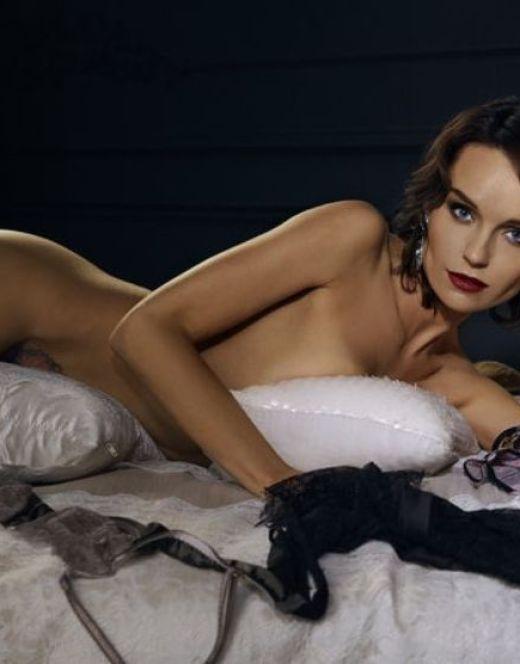 Голая Юлия Подозерова на горячих фото из Maxim