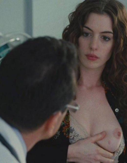 Голая Энн Хэтэуэй на эротических сценах из кино