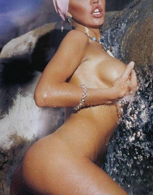 Маша Малиновская в стиле ню из FHM и других журналов