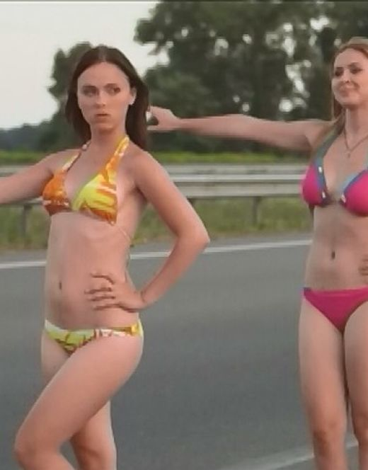 Горячие кадры Марины Сердешнюк в купальнике из сериала «Сваты 6»