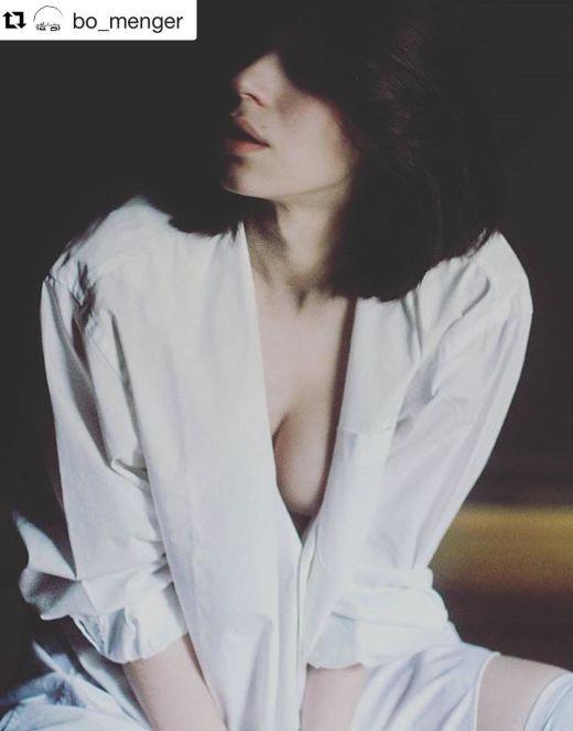 Обнаженная Ольга Павлюкова на эротических фото