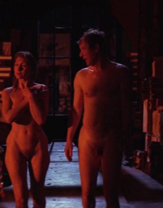 Голая Хелен Миррен в горячих сценах из кино