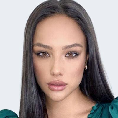 Катя Сафарова
